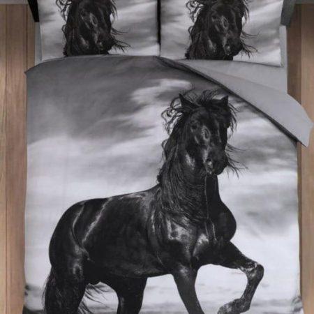 Paard zwart dekbedovertrek